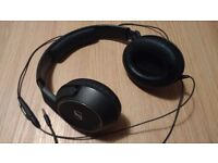 Sennhesier Headphones HD 429s Closed Ear, Call Control microphone attachment