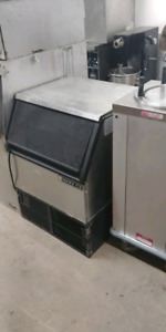 Commercial ice machine and more equipment!