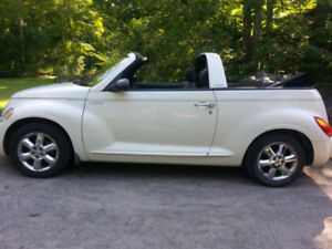 2005 Chrysler PT Cruiser Limited Edition Convertible-REDUCED