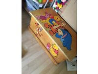 Toy chest/ trunk