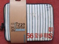 """""""Typo"""" 10-inch padded laptop/tablet sleeve case – NEW"""