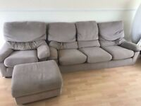 Sofa 3 seaters+ 2 armchairs good condition