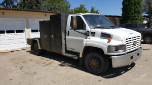 2003 topkick heavy work truck