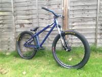 Custom built high spec kona downside dirt jump bike