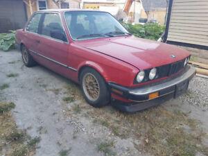 1986 BMW 325e 3 series Coupe (2 door)