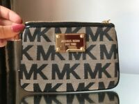 Michael Kors small purse. Coin / card holder. NEVER USED. MK