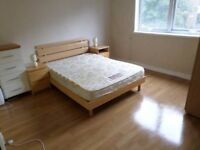 **Lovely double room within 3 bed flat share**