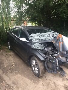2016 Hyundai Elentra for parts