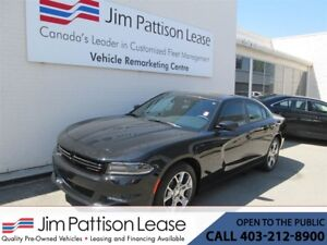 2015 Dodge Charger 3.6L AWD LOADED SXT NAV!, Leather & Bluetooth