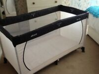 hauck travel cot brand new only used twice easy to assemble with carry case and instructions