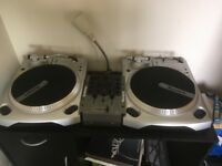 Numark DJ Vinyl Decks and Mixer - TT1610 & iM1
