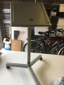 B Tech Projector Stand