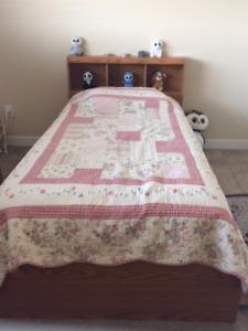 Bed + dresser+ chest