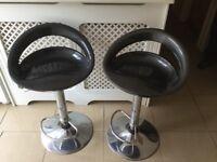 2 Black & Crome Bar Stools
