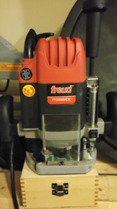 Lightly Used FT2200VCE Freud Router + Brand New Router Bits