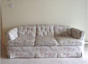 6 ft long Cloth Upholstered Floral Print Couch