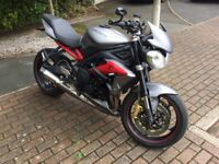 Triumph Street Triple R 675 2013. Stunning Matt Graphite. Only 8279 Miles. Excellent Condition. FTSH