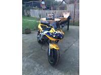 Yamaha R6 breaking/parts