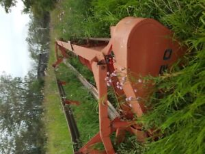 Massey 9020 Straight Cut Header