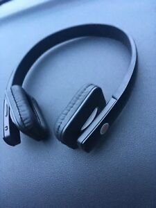 Beats wireless stereo headset