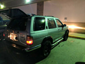 1999 Nissan Pathfinder Chilkoot SUV, Crossover