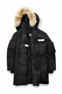 Black Canada Goose Resolute Parka