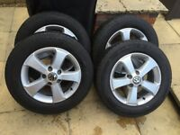 VW T5 Alloy Wheels Great Condition !