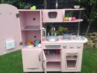 Girls kidkraft wooden kitchen