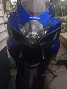 GORGEOUS BIKE, EXTREMELY WELL MAINTAINED, PRICED TO SELL.06 GSXR