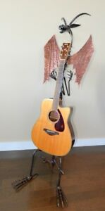 Guitar or Banjo Stand - Outrageous!