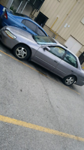 2000 accord . Quick sale as is $1100