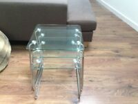 Nest of 3 glass tables