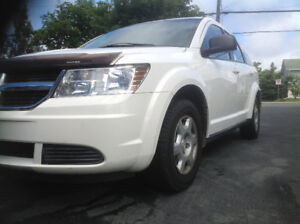2009 Dodge Journey 7 Passenger built in booster seats 78k