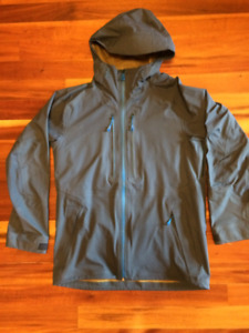 LIKE NEW The North Face Fuseform Brigandine 3L Jacket