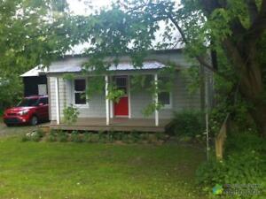 224 500$ - Maison à un étage et demi à vendre à Sutton