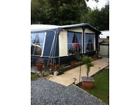 Ventura awning 925cm made by Isabella. in very good condition. C/W IXL poles, pegs, ready to go