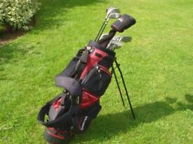 Set of golf clubs and bag in very good condition