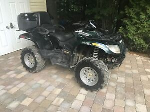 4 wheeler arctic cat 700 limited edition