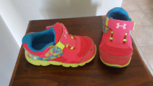 Under Armour Girl Baby Sneakers Size 6