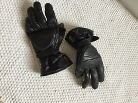 Motorbike black leather gloves. Size small. Excellent condition.