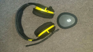 SkullCandy Headset; Cord and Wireless pickup included.