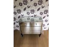 Brand new vegas 2 +2 Full Mirrored Chest of drawers