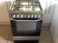 Indesit gas cooker/electric oven (silver)
