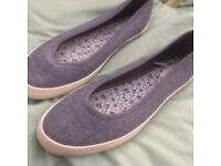 £5 size 7 ladies shoes
