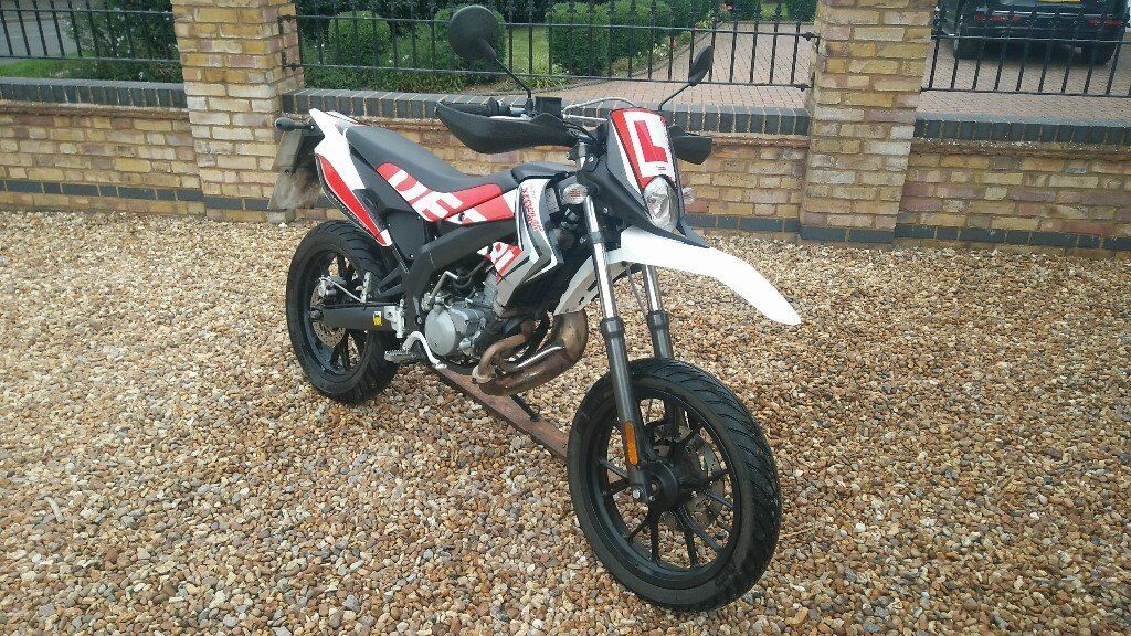 2016 derbi senda drd xtreme 50cc motorbike in bedford bedfordshire gumtree. Black Bedroom Furniture Sets. Home Design Ideas