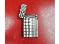 St. Dupont Lighter Diamond Heads £260