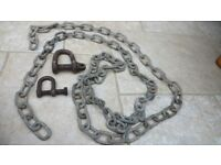 3 metres of short linked 5mm galvanised chain plus 2 shackles