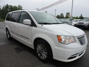 2015 Chrysler Town & Country Touring-L/JAMAIS ACCIDENTE