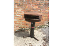 Charcoal type BBQ