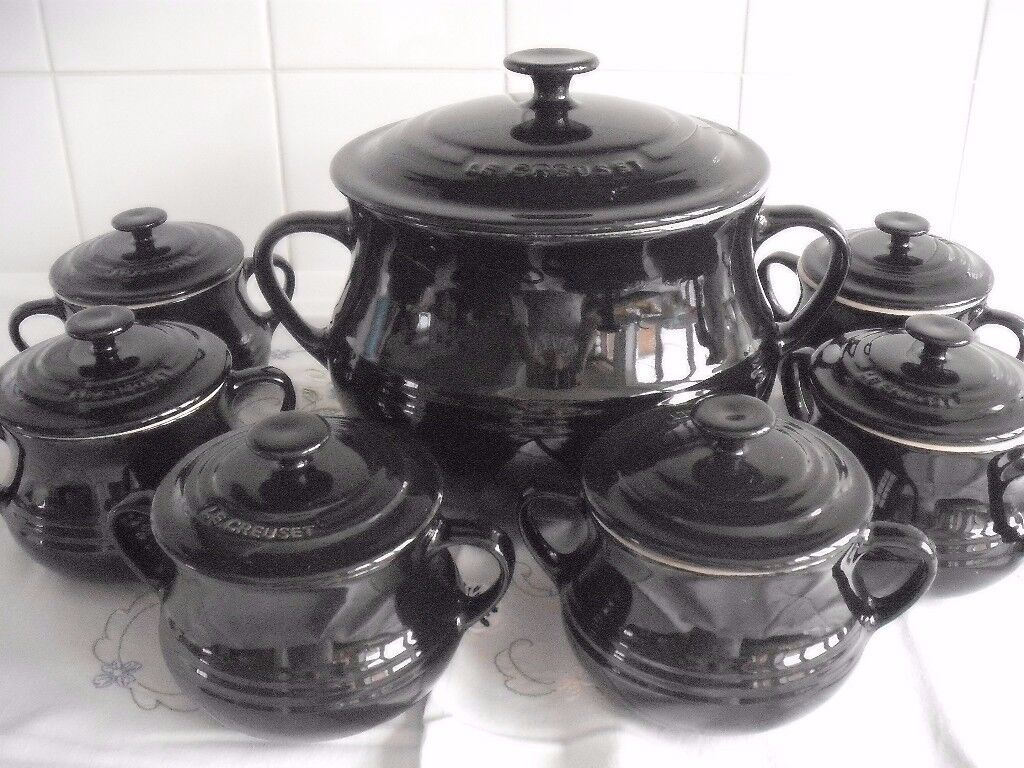 Le Creuset Large Soup Bean Pot 6 Small Bowls With Lids